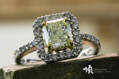 順順飾品--鑽石戒指--18K金天然彩色鑽石戒指┃主鑽1.24ct.Natural Fancy Light Yellow