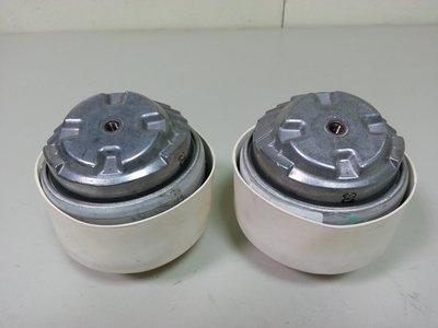 W211 M112 V6 E240 E280 E320 03-06 引擎腳 (2顆售價) 2302400117