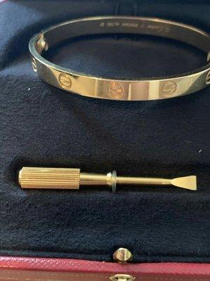 正品Cartier卡地亞 Love 手鐲 18k 黃金手環尺寸 17cm附盒子證書