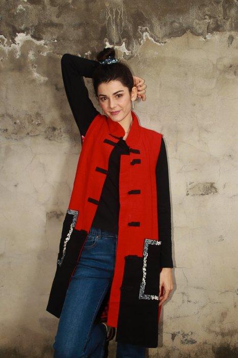 !(中國藍Anewei)紅立領超修飾純棉長背心-F-另有黑