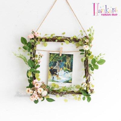 ☆[Hankaro]☆ 北歐清新風格樹藤方形仿真花藝掛飾(小玫瑰)