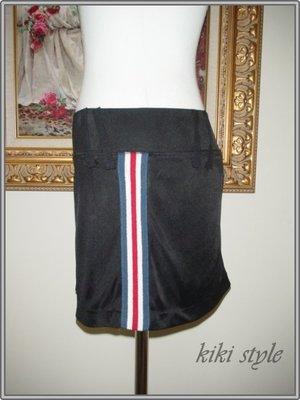 kiki style*瘋狂188元*專櫃品牌IN-休閒運動風黑色單邊織帶滾邊彈性短裙sly韓mous賽車asos21娃娃