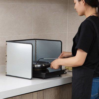 Ordinary shop  清潔用品 煤氣灶鍍鋅擋油板隔熱板廚房炒菜隔油板家用灶臺防濺油擋板居家必備