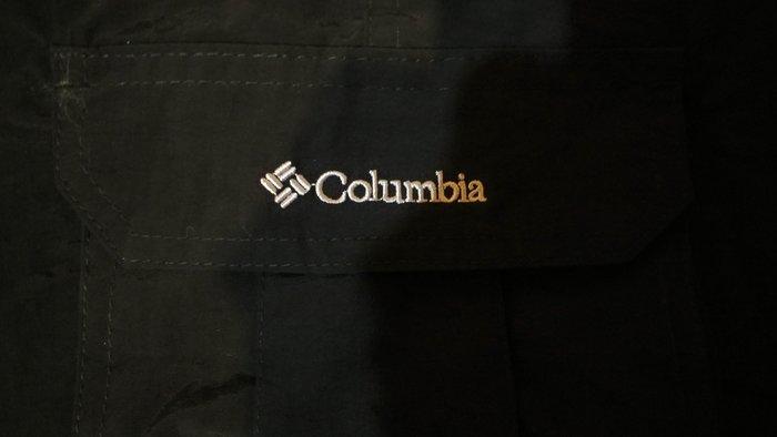 (全新)美國登山品牌 CoLumbia哥倫比亞  可當長褲也可當短褲,春夏秋冬皆宜 很便宜 要買要快