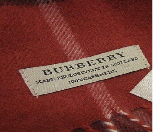 英國 BURBERRY 100%cashmere 經典紅 圍巾(全新真品)