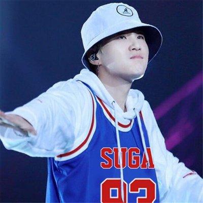 正版 BTS防彈少年團 JIMIN金泰亨SUGA 演唱會 周邊應援 同款外套背心學生秋 松子雜貨店Q00