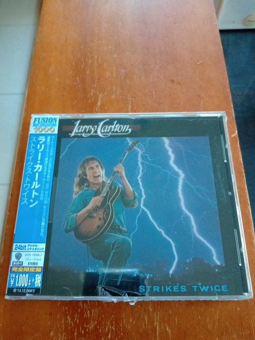 LARRY CARLTON 拉瑞卡爾頓-STRIKES TWICE 專輯cd  全新未拆