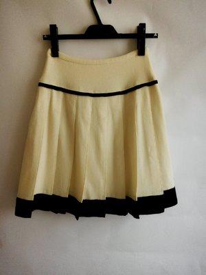 日本品牌Clear Impression 米白色毛料摺裙S號(同INED, 23區, ICB, AR, ef de)