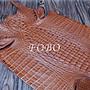淺褐色鱷魚皮