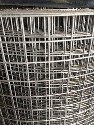 """財成五金:點焊網、鐵網14# 4尺*50尺(1.5"""")防水防裂水泥工程、圍籬、烤肉網、燒金紙"""