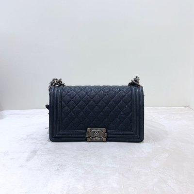 Chanel Boy 25 菱格紋 荔枝皮 銀釦 灰黑色《精品女王全新&二手》