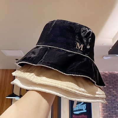 漁夫帽 盆帽-絲光綢緞水鑽防曬女帽子4色73xu24[獨家進口][米蘭精品]