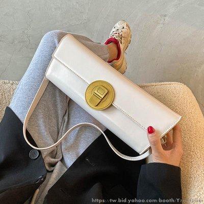 高級感女士單肩小包包女包新款潮時尚百搭小眾設計斜挎包 韓版日系時尚單肩包 側背包背包 休閒旅行包挎包