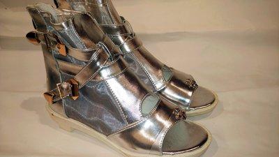 特價促銷全新  39號 cos靴木屐鞋另類黑暗 反光金屬質感  有拉鍊 女鞋 女靴 一元起標  女鞋 涼鞋 僅一雙