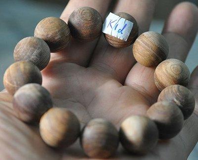 宋家苦茶油kanyuhuntoALL.K1d廣義紅土奇楠13顆手珠18mm.全世界最香.最涼.最持久的沉香.瞬間沉水