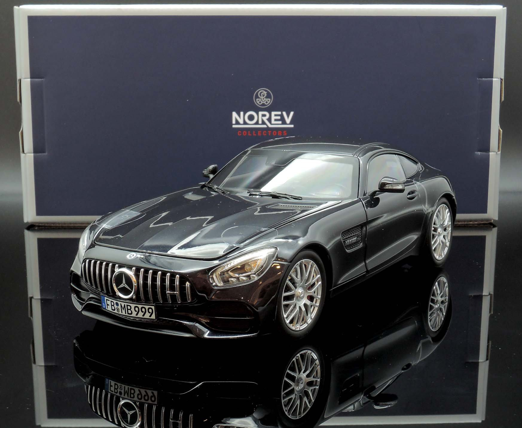 【M.A.S.H】現貨瘋狂價 原廠 Norev 1/18 Mercedes AMG AMG GT S 黑 2018