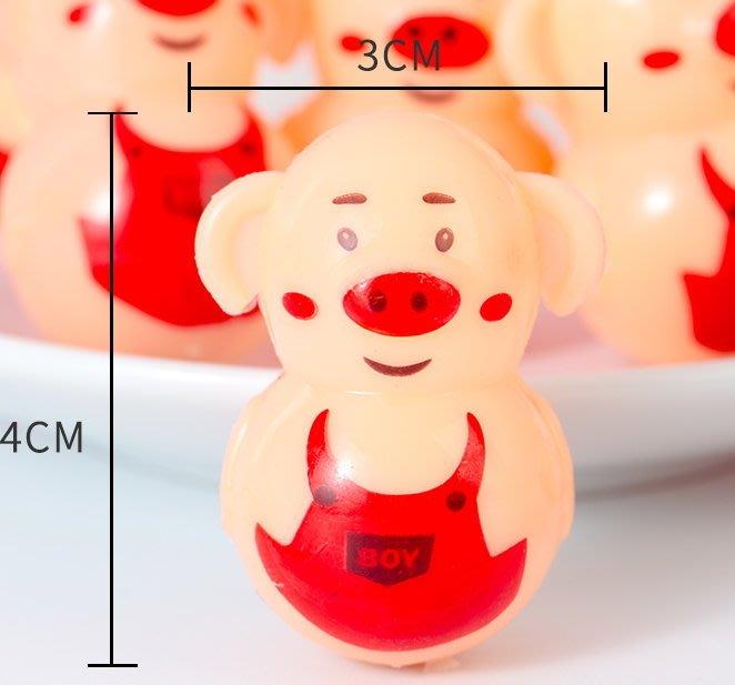 【夜市王】小豬不倒翁小玩具5支19元