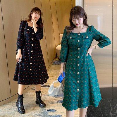 ✿plump girl ✿大尺碼女裝12/05新品~復古蕾絲圓點連衣裙
