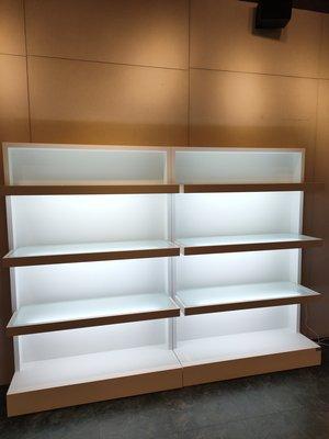 大豐@【噴砂玻璃日光燈】展示櫃.飾品櫃、精品櫃、化妝品櫃、玻璃櫃、中島櫃、衣櫃