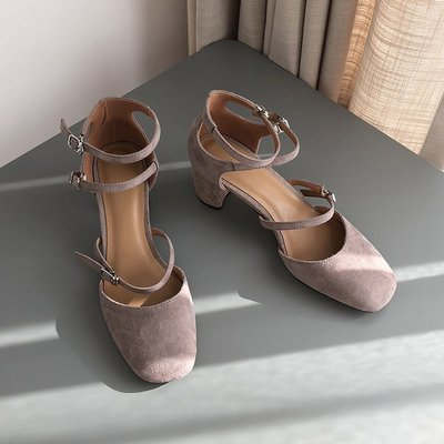 現貨/免運春夏新款高跟包頭涼鞋粗跟方頭真皮一字帶百搭復古瑪麗珍鞋女