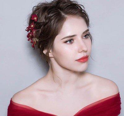 哆啦本鋪  新娘頭飾花朵 韓式紅色禮服頭花飾品 結婚發飾中式敬酒服頭飾D655