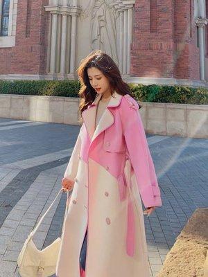 [ ohya梨花 ] =韓國帶回=最新秋冬新款性感名媛甜美穿搭粉紅色配色排扣造型風衣長大衣外套