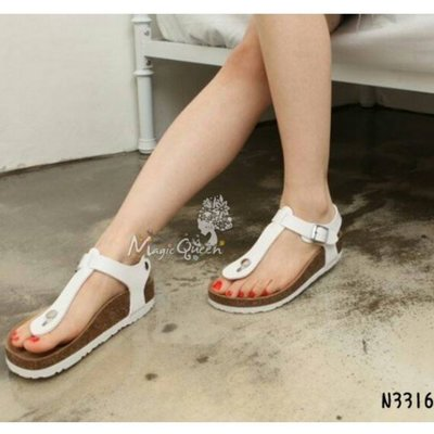 MagicQueen㊣韓國精品服飾.情侶款簡約T字扣環夾腳勃肯涼鞋