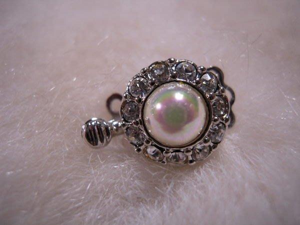 ※布箱子※ 串珠材料手作配件~花形水鑽珍珠扣頭(B542)~3串