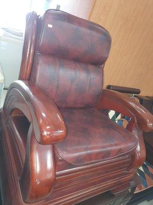 新竹二手家具買賣來來-實木 單人 座 椅 沙發椅+座墊~新竹搬家公司|竹北-新豐-竹南-頭份-2手-家電 買賣 實木 傢俱-茶几-衣櫥-床架-床墊-冰箱-洗衣機