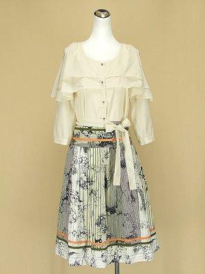 貞新 50% FIFTY PERCENT 米色斗縫圓領長袖雪紡紗上衣F號+巧玲瓏 粉綠棉質圓裙L(13號)(40713)