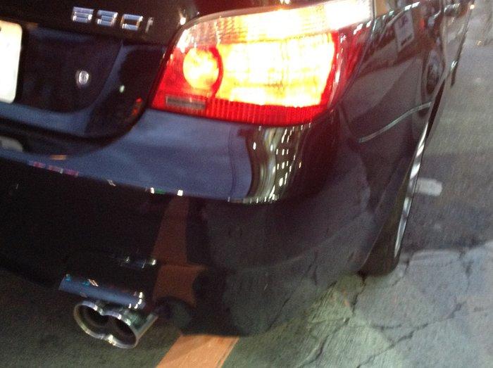 DJD18072425 全新 BMW E60 03 04 05 06 年 燻黑 紅白 光柱 光條 LED 尾燈 後燈