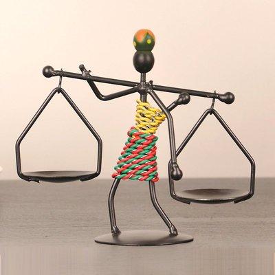 創意鐵藝燭台家居裝飾品燭光晚餐餐桌小擺件歐式簡約蠟燭台小擺設