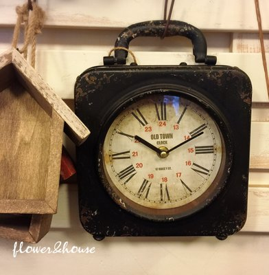 FLOWER&HOUSE。日本帶回。工業風。復古仿舊鐵製時鐘。拍照道具。現貨歡迎自取。台北西門站