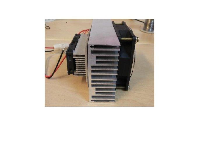 DC12V 100W 制冷模組 吹出冷風