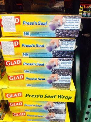 Costco 好市多 GLAD 強力保鮮膜 30cm*43.4m 1組=2個入 特價:475元 也可單獨販售喔!