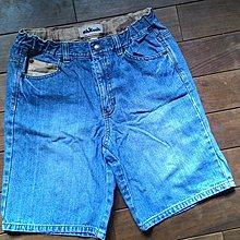 麗嬰房 oshkosh 牛仔棉短褲 8
