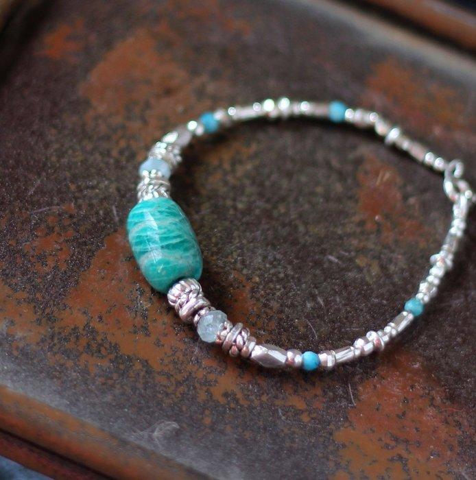 翠谷__天然礦石純銀手鍊 莫桑比克藍綠天河石 海藍寶 藍綠松石