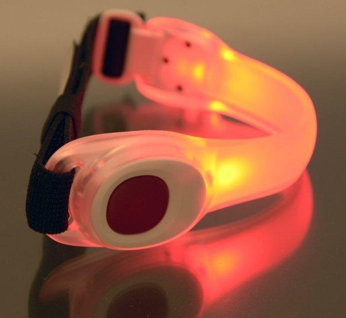 《台北-動力屋》日本GENTOS第一代LED炫光環臂帶(紅光)AX-710RD特價!!!