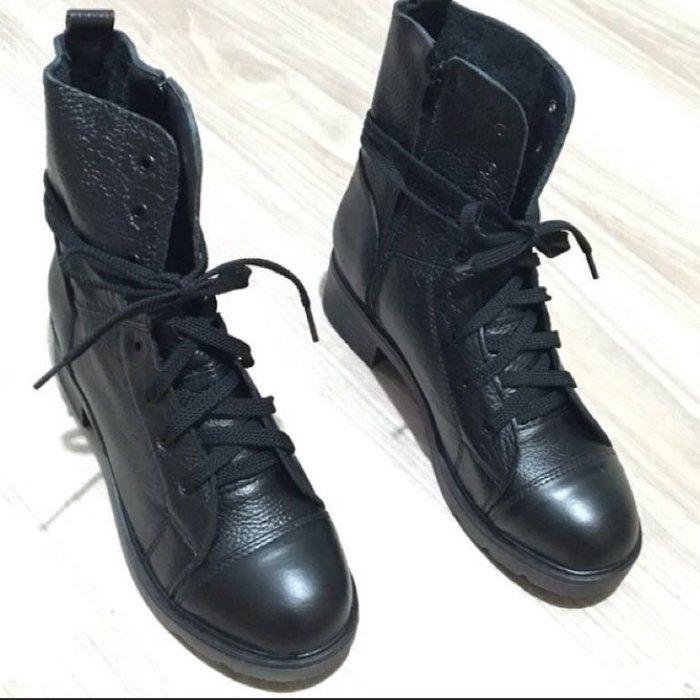 韓全新真皮牛皮靴機車靴工程靴中筒靴 馬丁