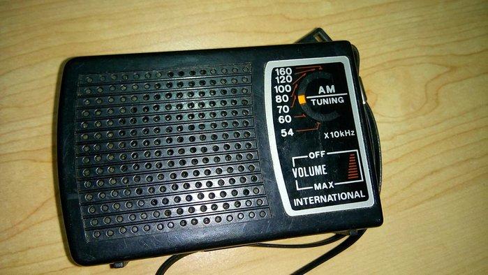 舅舅的老收藏…古董收音機 (口袋型收音機)