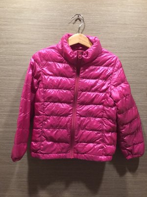 uniqlo 桃紅色 輕羽絨兒童外套