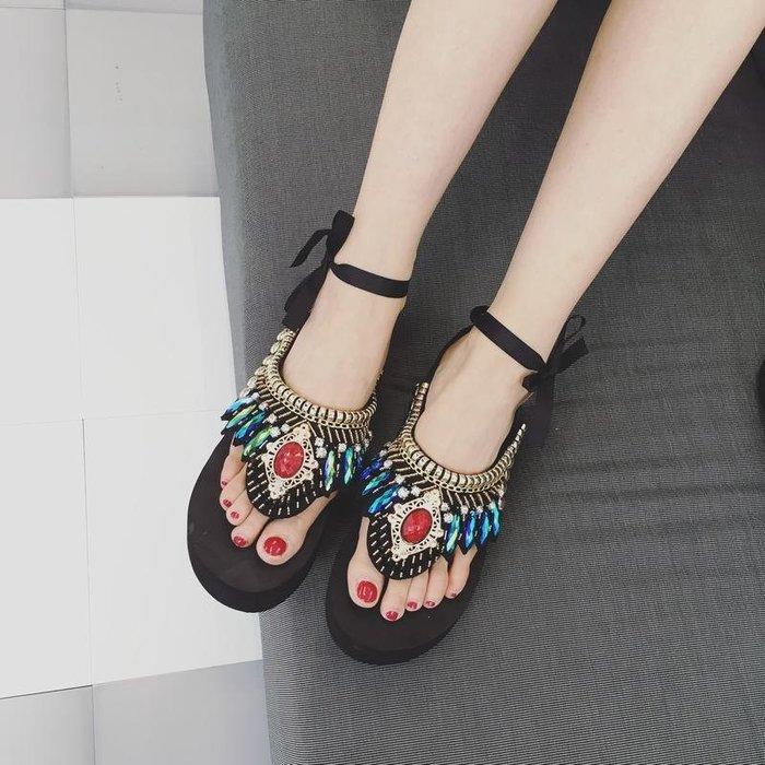 涼鞋 民族風涼鞋  水鉆人字拖波西米亞松糕串珠厚底涼拖鞋—莎芭