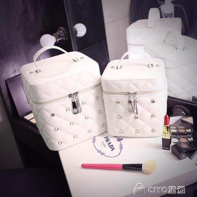 日和生活館 化妝包小號便攜韓國簡約少女心品收納包大容量多功能化妝箱盒手提S686