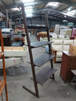 巨業搬運寄倉=更新二手倉庫 梯型層架 造型展示架 收納架 置物架 書架