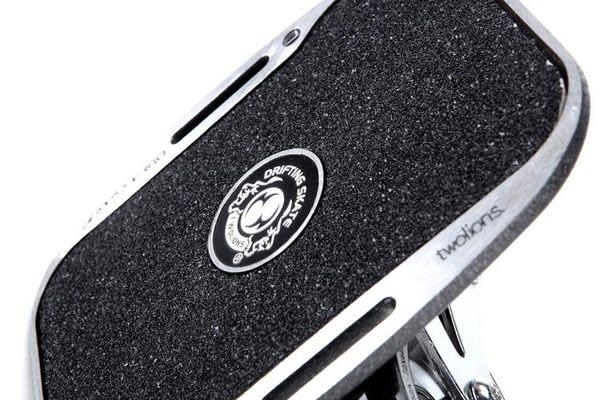 【不囉唆滑輪專賣店】新款雙獅 國際極限板、飄移板、滑板、蛇板、freeline【贈綁帶+包包
