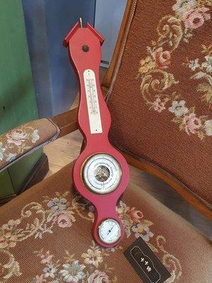 【卡卡頌 歐洲跳蚤市場/歐洲古董】歐洲老件_木雕刻 紅 壁掛 溫溼度氣壓計 ss0331 提供租借