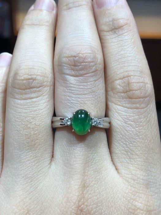 天然冰種A貨翡翠放光款鑽石戒指,經典款設計,超值優惠價27800,只有一個搭配18K超厚金手工戒台