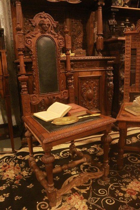 【家與收藏】賠售特價稀有珍藏歐洲百年古董19世紀法國古堡莊園精緻手工刻花真皮老橡木椅