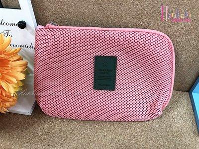 ☆[Hankaro]☆輕便大容量粉色3C傳輸線旅行收納包(樣品出清)