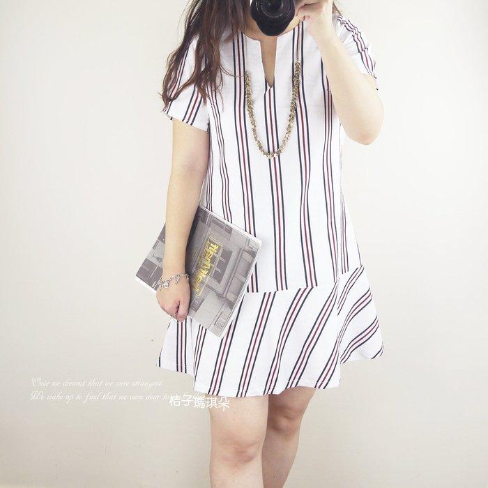 正韓 韓國連線 直條紋荷葉滾邊裙 短袖洋(白、天藍) ~桔子瑪琪朵。惠衣